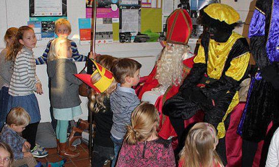 Onze jeugd bij Sinterklaas